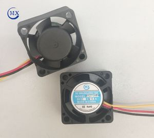 China Extractor 12 Volt Dc Motor Component Cooling Fan , Mini Air Conditioner For Cars factory